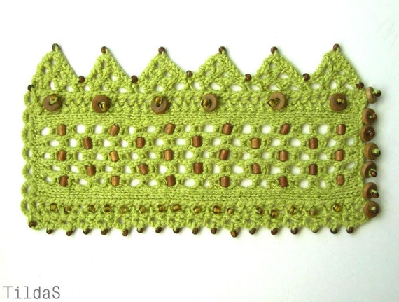 Laces bracelet Hand knitted cuff from green cotton yarn wooden and glasses beaded