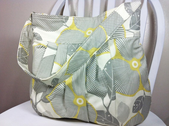 Pleated Shoulder Bag in Amy Butler Fabric - Optic Blossom