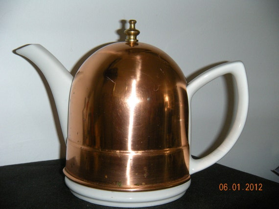 Vintage Hall Tea Pot  with Cozy Cover     1940's