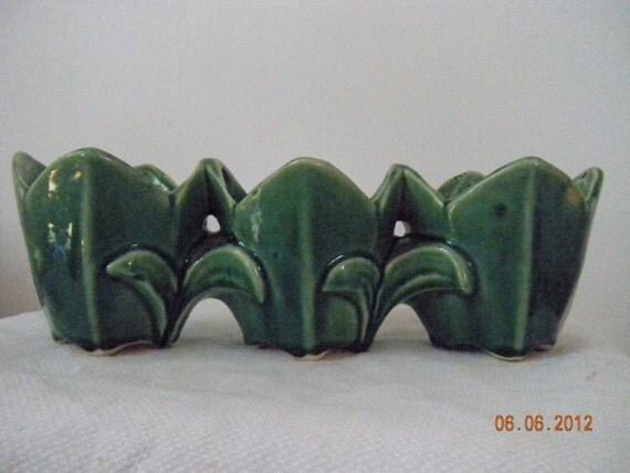Vintage McCoy Green Tulip Planter   1950