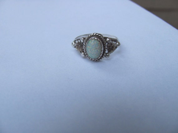South Western Sterling Silver Opal Ring