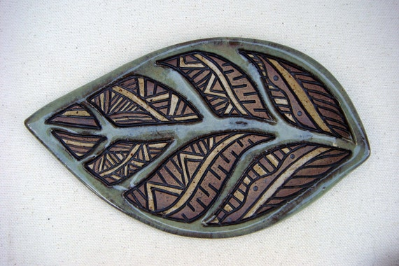 Pottery - Small Handmade and Carved Leaf Tray - Sage and Brown - 1312
