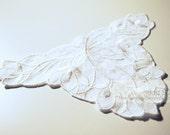 LA33 - Vintage Style Lace Applique - White