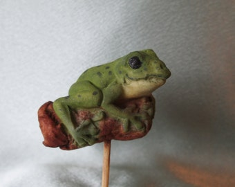 gumpaste sugar edible frog cake topper adorable keepsake