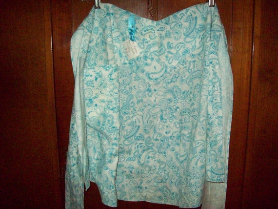 Beautiful Vintage Handmade Half  Apron in Blue Paisley on White