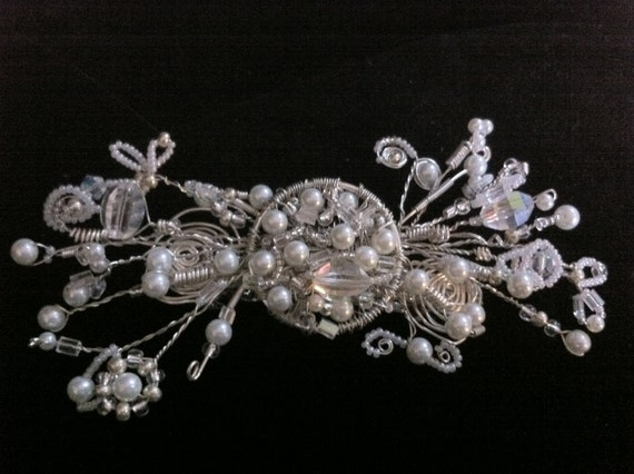 Pearl, Crystal, and Silver Wire Hair Piece