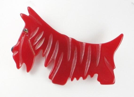 Bakelite Scottie Dog (Brooch/Pin) - Vintage - Red