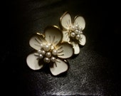 Cream and Gold Flower Earrings