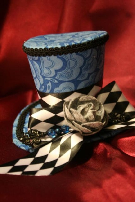 Wonderland Blue Mini Top Hat with B&W Checkerboard