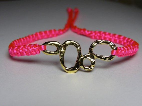 Fluorecent pink bracelet with gold finding