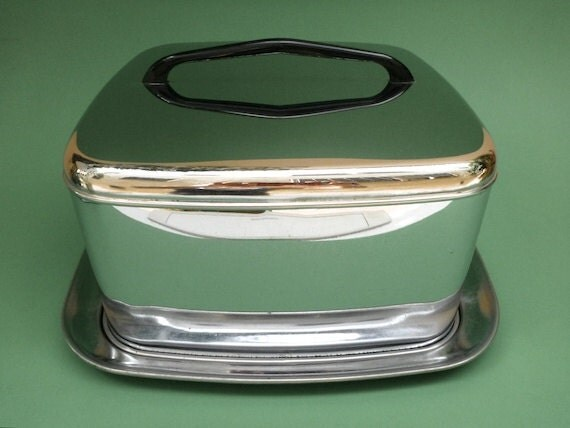 Lincoln Beautyware Chrome Cake Carrier Server Vintage