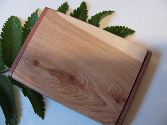 Business card case made from juniper, executive style....slim design.