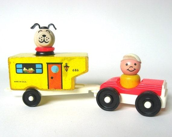 Rare Fisher Price Little People 686 Car and Camper Set, Complete & Original 5 Pieces