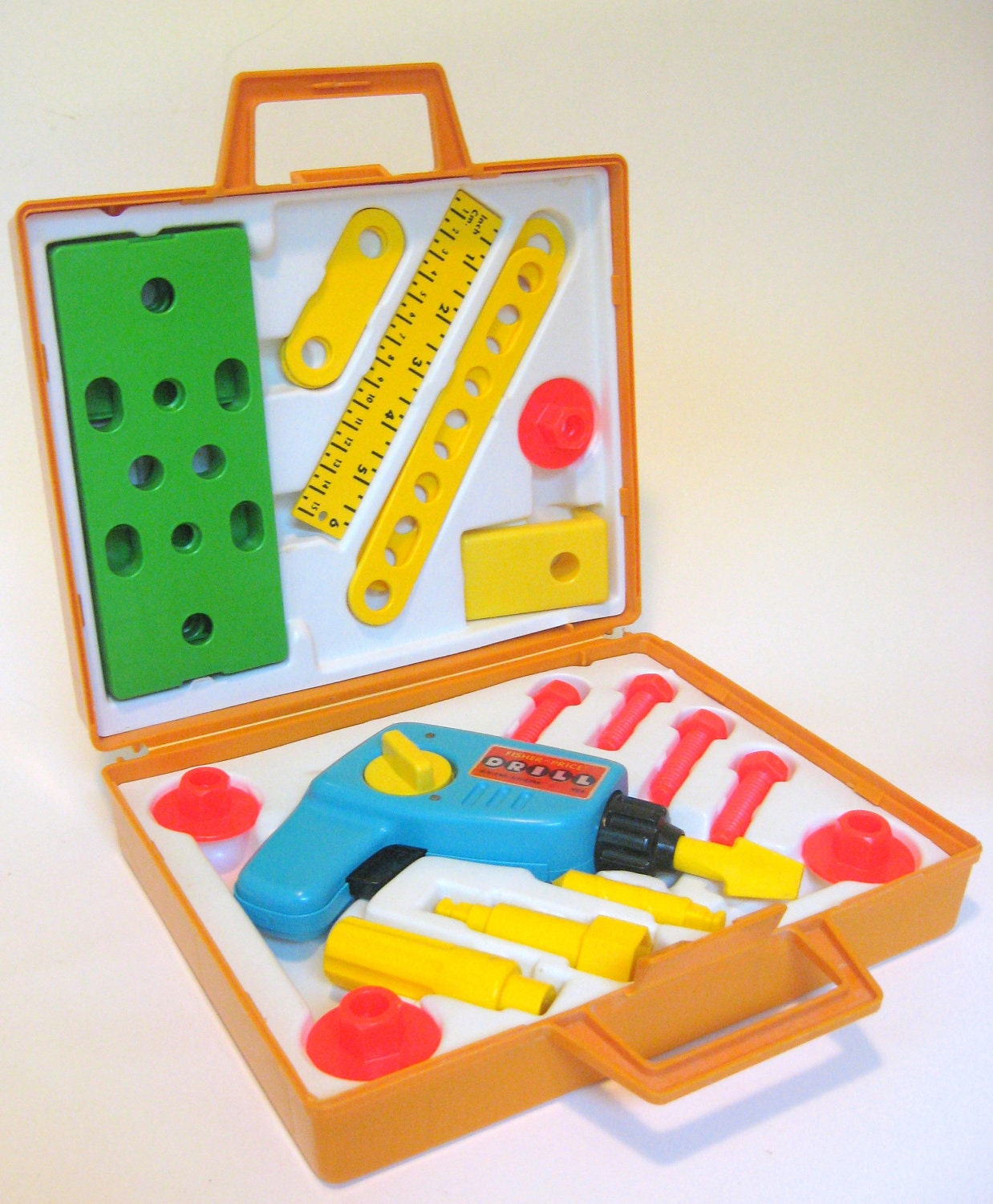 Pricing Tool: 1977 Fisher Price Tool Kit No 924 With Carrying Case Wind-Up