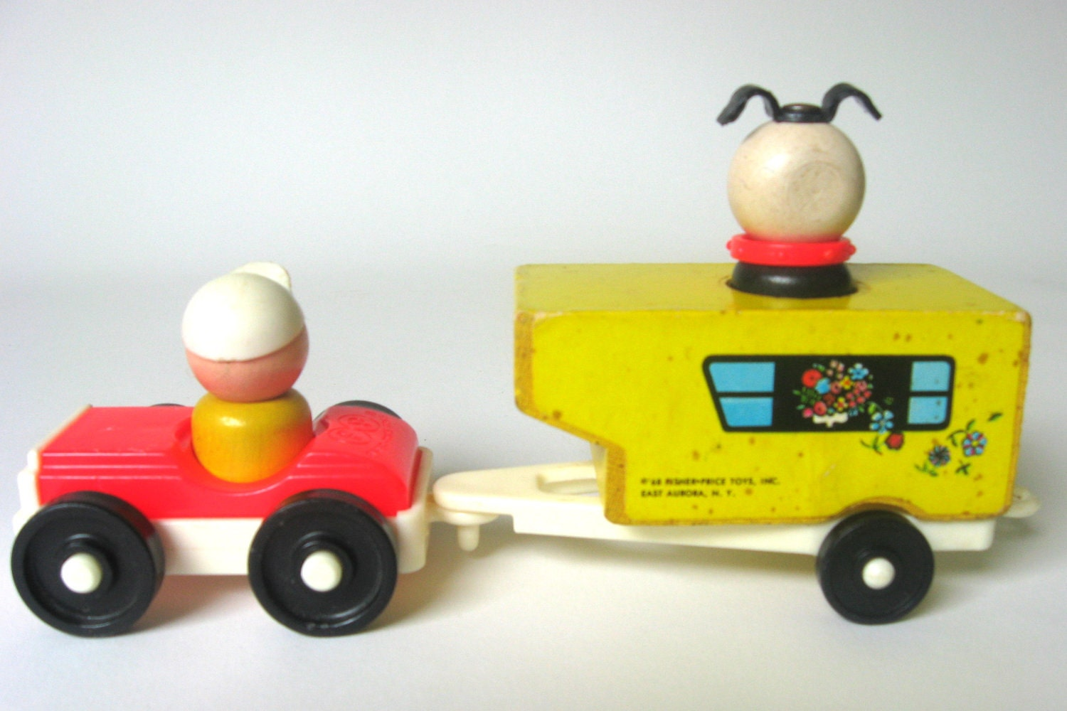 rare fisher price little people 686 car and by. Black Bedroom Furniture Sets. Home Design Ideas
