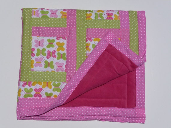 Reserved for P.S. Free shipping. Baby girl quilt. A gift for Christmas. Pink and green baby quilt. A gift for baby girl.