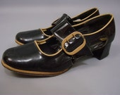 Vintage Patent Leather Shoes // Black Wide Strap Mary Janes w/ Tan Trim 6B