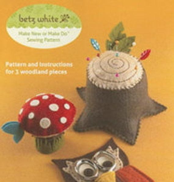 Woodland Felt Sewing Pattern by Betz White - Mushroom Tape Measure - Owl Scissor Case - Tree Stump Pincushion - Betz White - Sewing Pattern