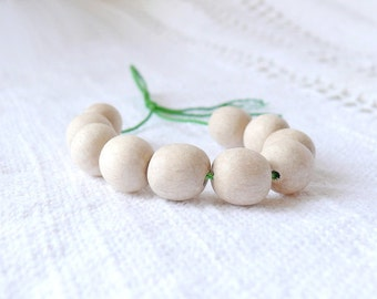 11 mm natural wooden beads 10 pcs - eco friendly r11mm