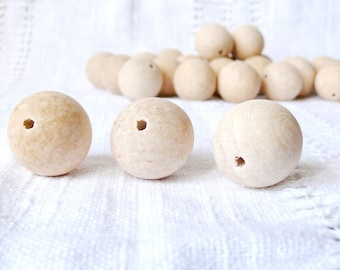 30 mm Wooden beads 50 pcs - natural eco friendly r30mm
