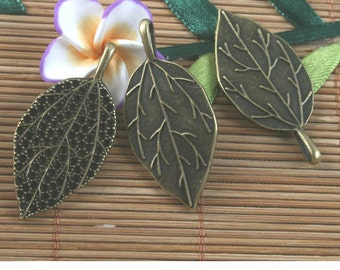 8pcs antiqued bronze leaf pendant G1639
