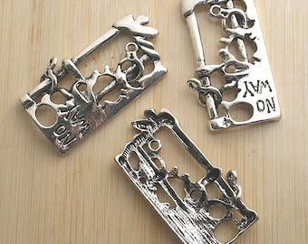 8pcs antiqued silver NO WAY pendant charm G553