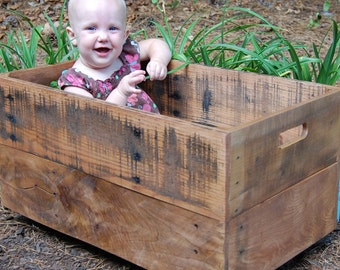 Large Wooden Crate/ Looney Bin/ Reclaimed/ Apple Crate/ Storage/ Organization