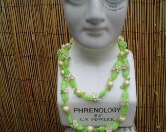 Vintage Long White and Green Flower Floral Beaded Necklace