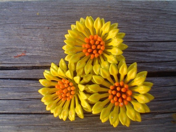 Vintage Bright Flower Brooch Yellow and Orange Mod