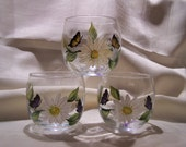 3 Inch Round Daisy with Butterfly Votives