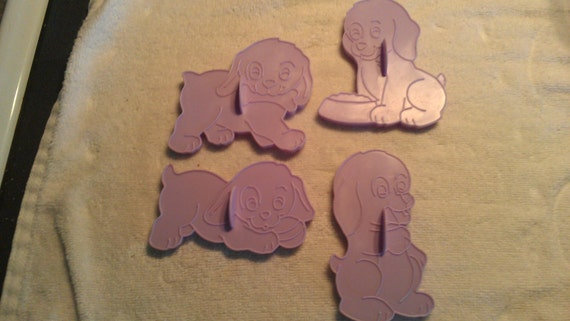 VTG (4) posed puppy cookie cutters On HOLD -Summer