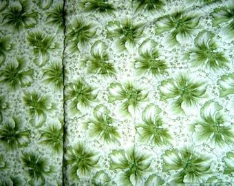 Green Floral Print Blanket