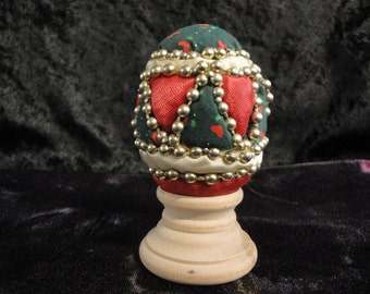 Punch Quilted Egg