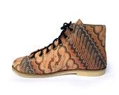Ethnic batik art canvas shoe, wood carving pattern