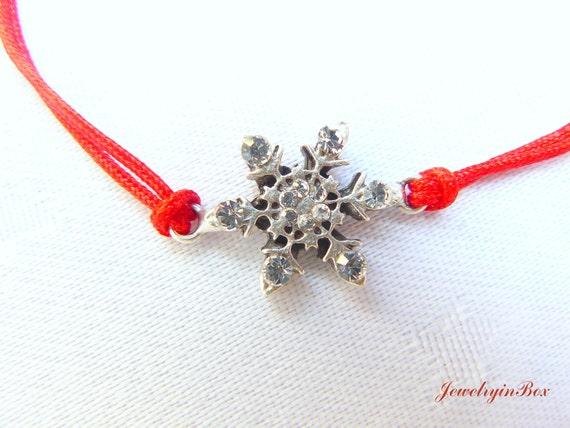Pretty Snowflake on My Wrist Bracelet with  Swarovski Crystals