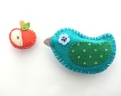 Felt Magnets set - Cute Kawaii Magnets - set of bird and apple magnet -  READY TO SHIP