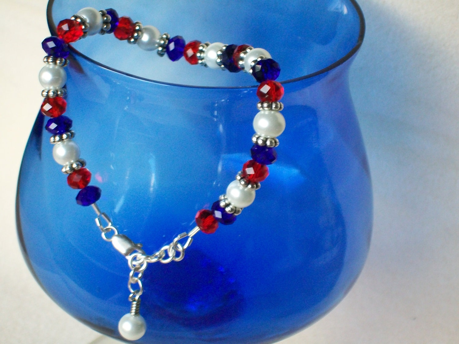 patriotic jewelry white and blue bracelet beaded with