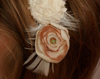 flower hair clip, blush ivory hair clip, flower girl hair clip, bridal hair clip, flower hair clip, bridal flower hair clip, fabric flower