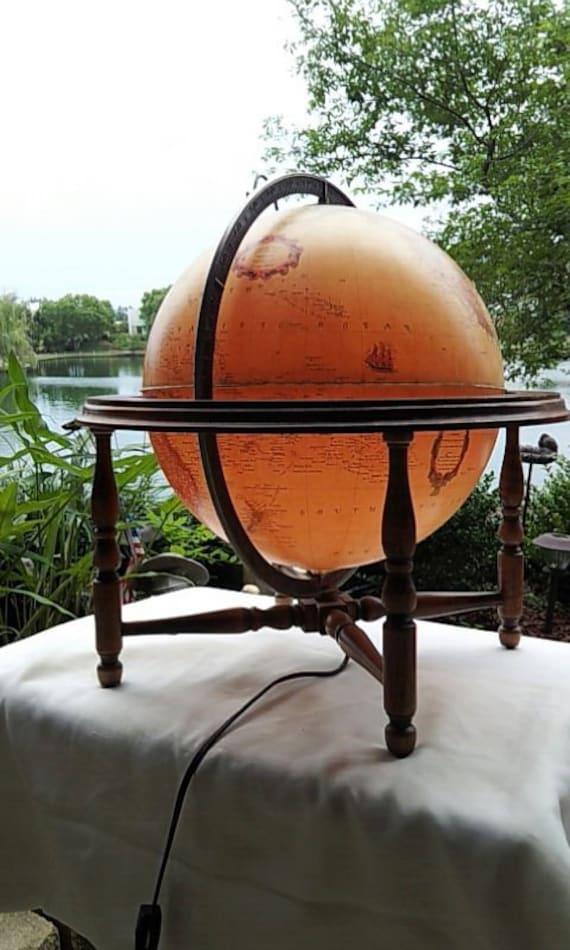 Lighted revolving globe