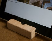 "10 pack friendly ipad stand ""Do the bamboo"""