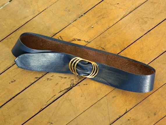 Vintage Blue Waist Belt // Navy Blue Leather Belt