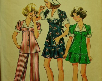1970s  Girls Mini Skirt, Top and Cuffed Bell-Bottom Pants Simplicity Pattern 6245 Uncut Girls Size 14  Breast 32""