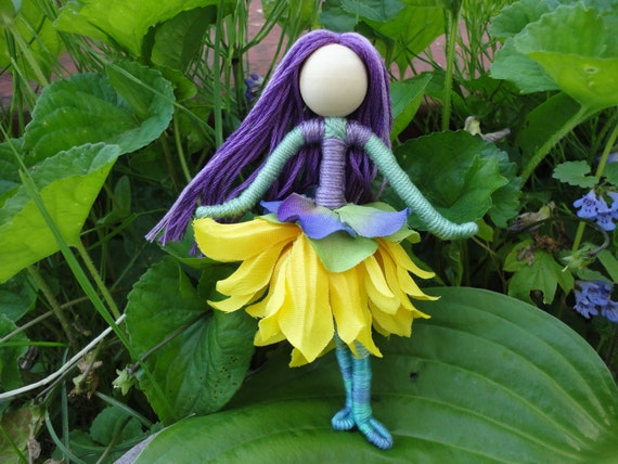 Vermont dolls, Waldorf Flower Fairy Mountain, small dolls, small fairy dolls, bendy fairy dolls, bendy dolls, miniature dolls