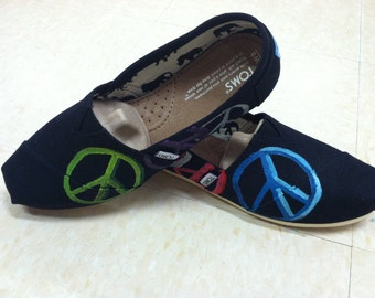 Peace sign TOMS