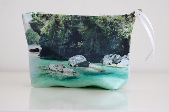 Medium size pouch bag, picture from the philippines.
