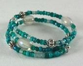 Seafoam and Iridescent Beaded Memory Wire Bracelet, Necklace, and Earring Set