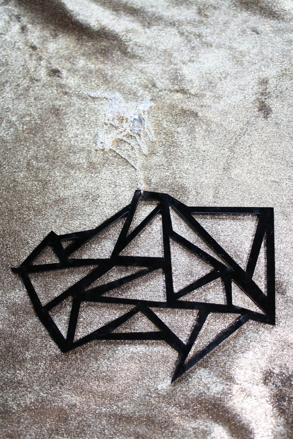 BLACK Geometric Triangle Cluster Necklace