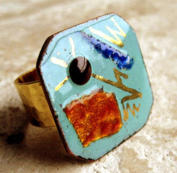 Vintage Multi colored Mid Century Modern Enameled Abstract Art Cufflink Ring, hammered gold band