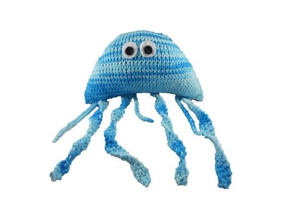 Medium Knit Jellyfish