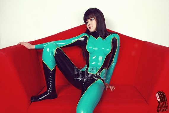 Sexy COSPLAY woman latex catsuit